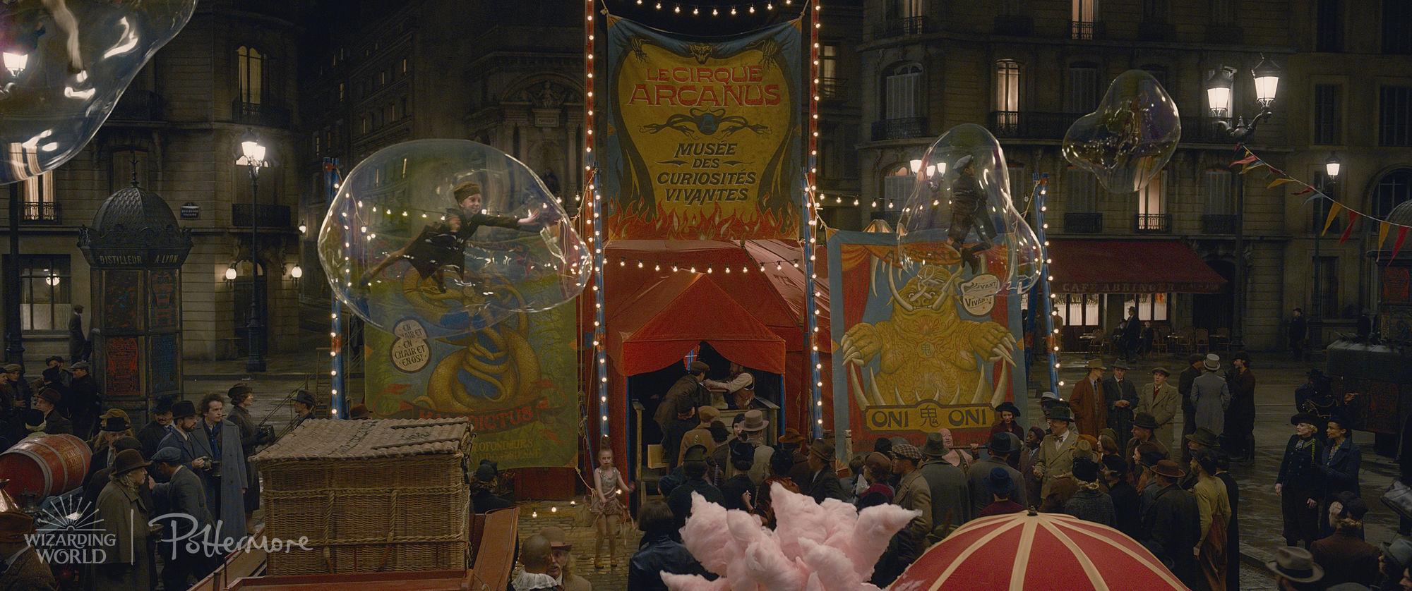Fantastic-Beasts-Circus